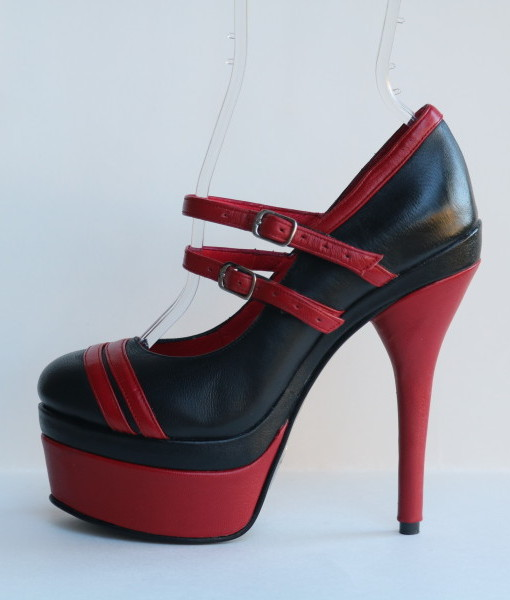 Racing Stripes Black and Red Leather Pump 1